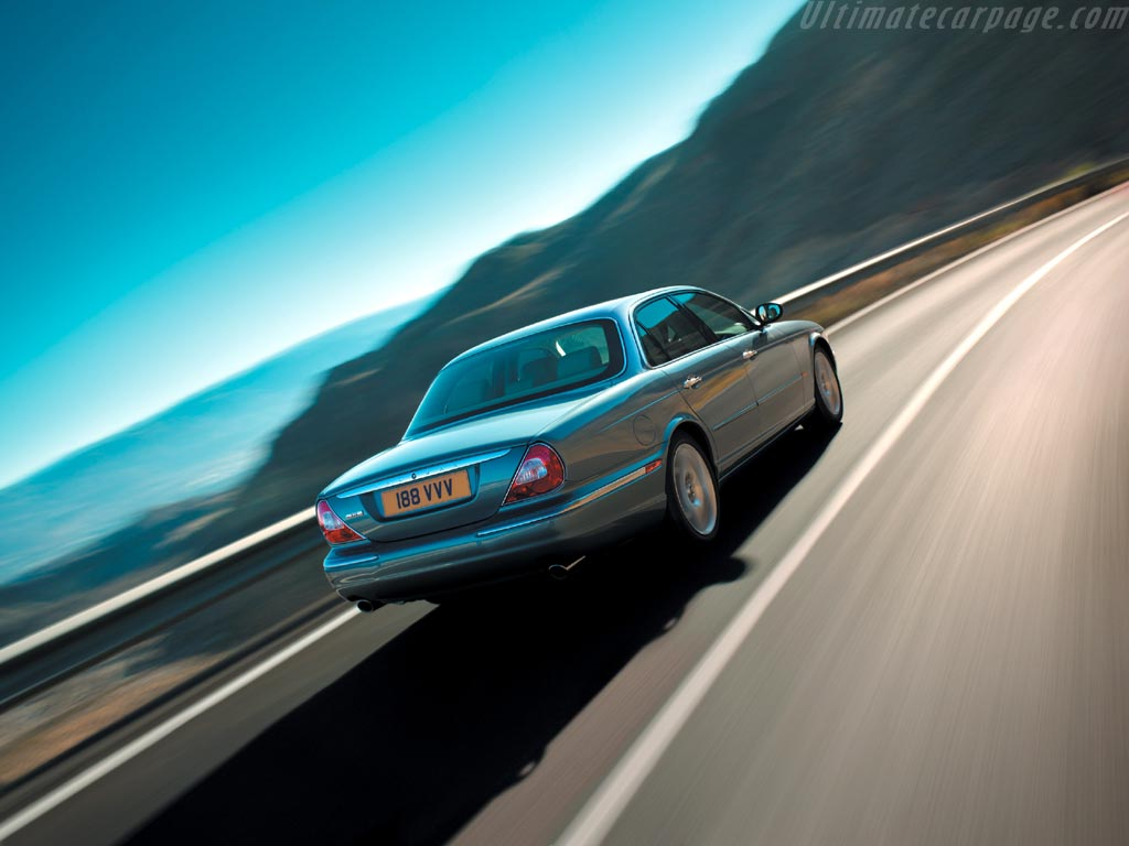 1203 2011 Jaguar Xj 7 likewise 8579986250 also Xj gallery as well Jaguar XJ220 S as well Pic out. on jaguar xj