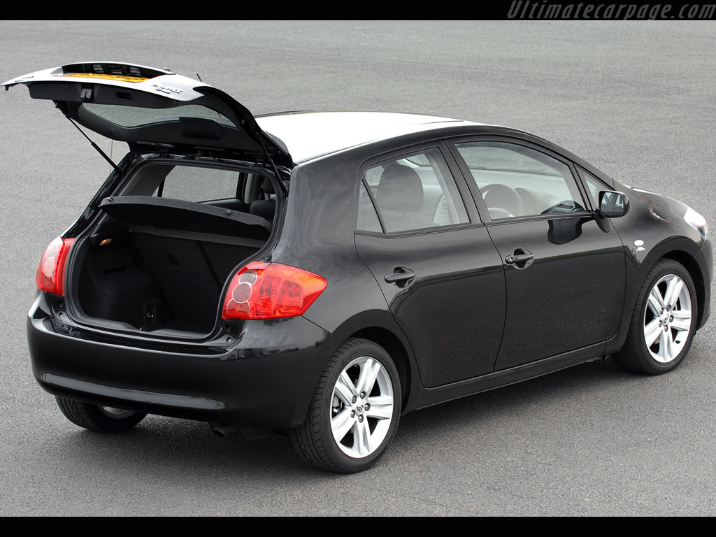 Toyota Auris T180 High Resolution Image 6 Of 6