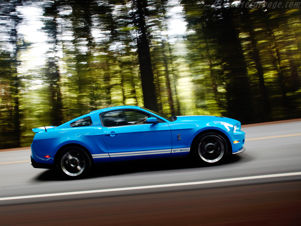 Ford Shelby Mustang GT500 Coupe High Resolution Image (4 of 12)