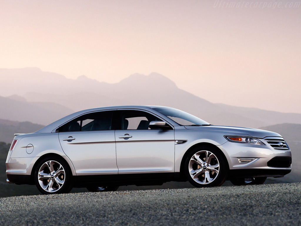 Ford Taurus SHO High Resolution Image (4 of 12)