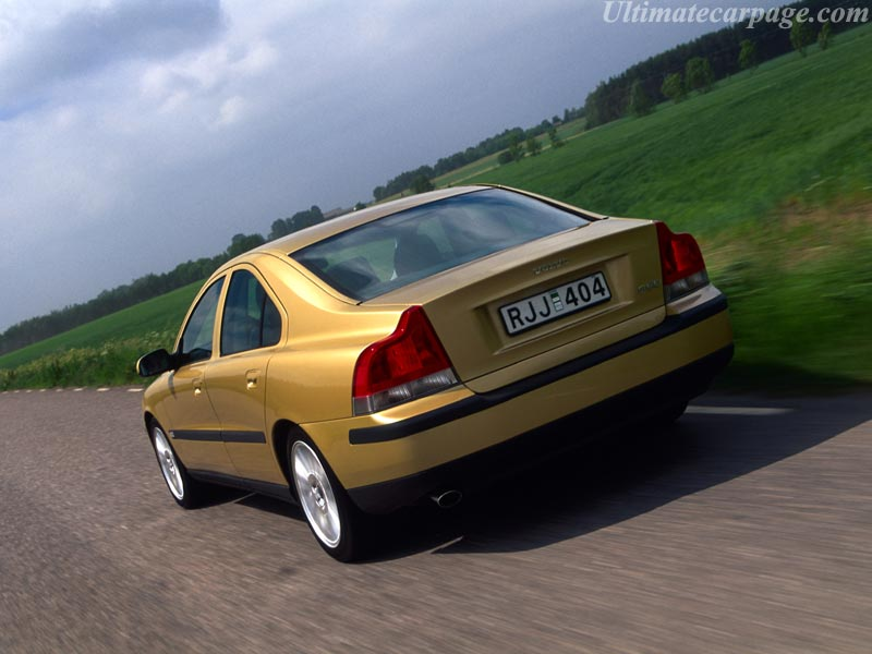 Volvo S60 T5 High Resolution Image 2 Of 3