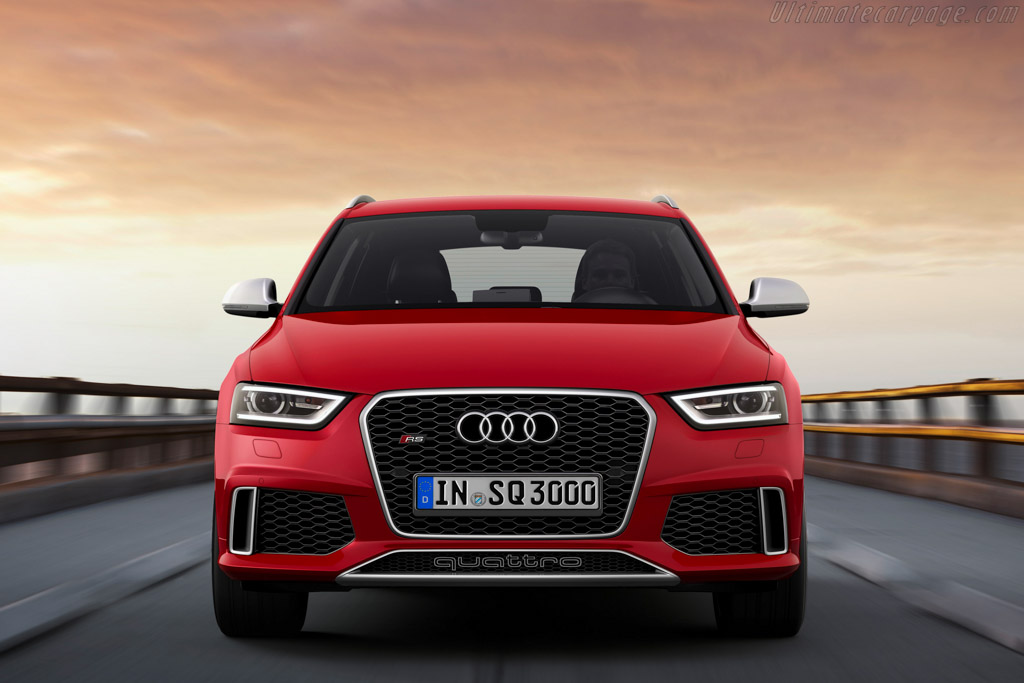 Audi Rs Q3 High Resolution Image 4 Of 12